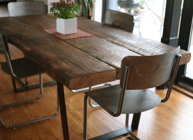 table à manger en bois 3 planches en bois
