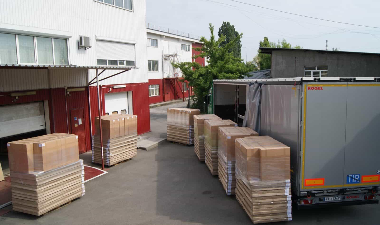 usine de meubles de transport