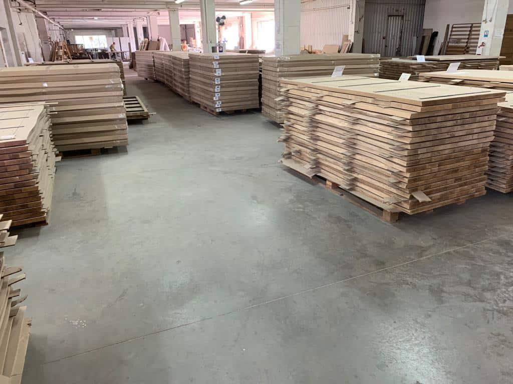 Tables en chêne mbs bois