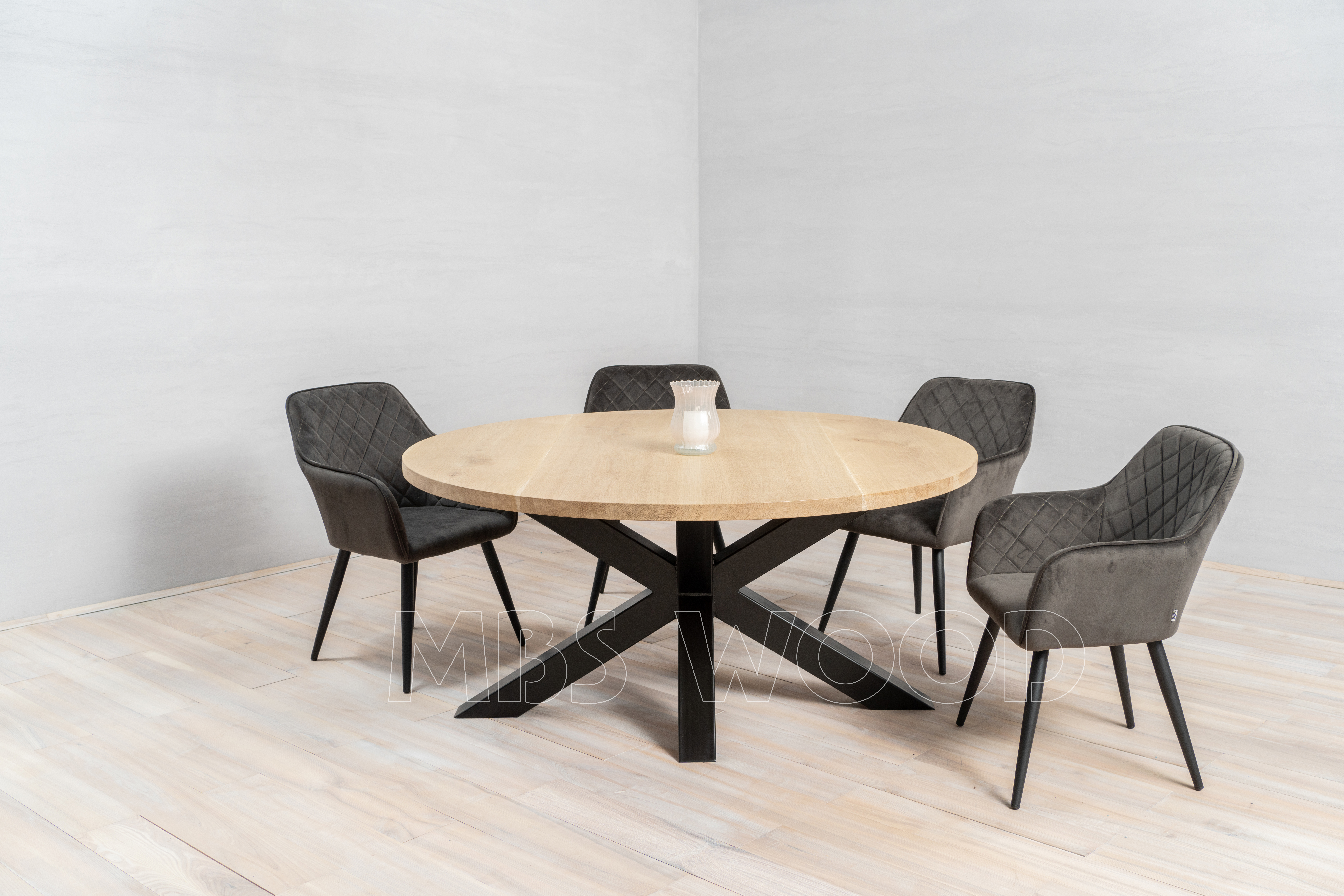 tables rondes en chêne