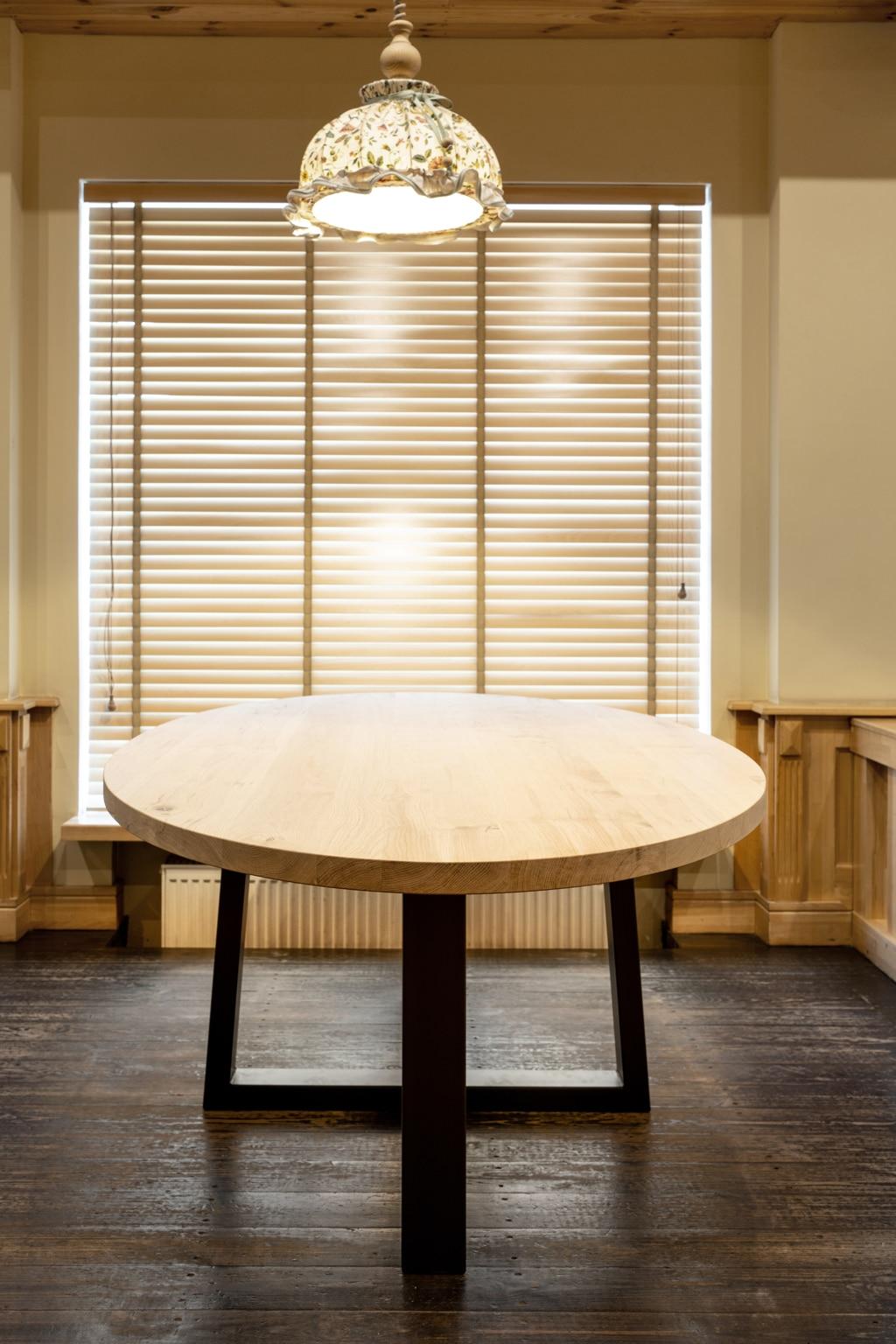 plateaux de table ronds uniquement