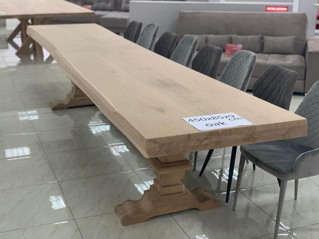 Table en chêne grande taille